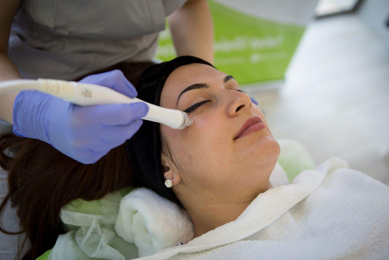 facial curatare hidrafacial